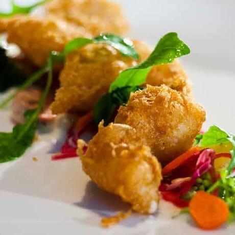 Beignets de langoustines aux petits légumes