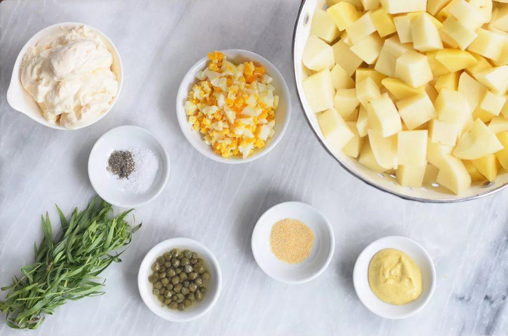 Ingrédients pour la salade de pommes de terre
